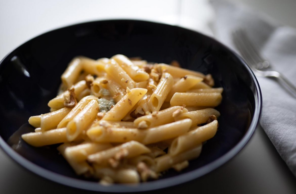 penne-pasta-gorgonzola-and-walnuts-clemency-hall